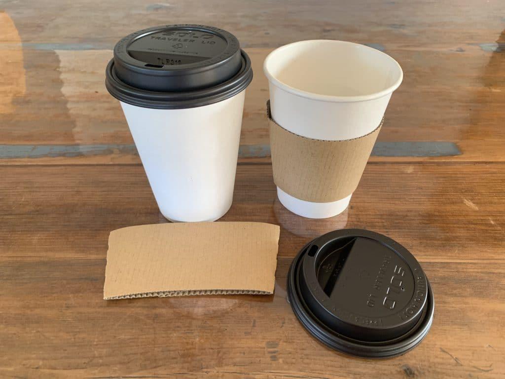 Verres à café cartonné